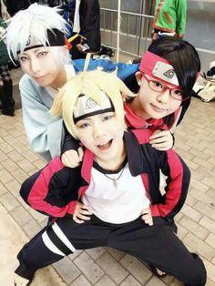 Cosplay: New Team Time Uzumaki Boruto, Uchiha Sarada e Mitsuki (Naruto/Boruto: The Movie) Naruto Uzumaki, Anime Naruto, Sarada Y Sasuke, Gaara, Naruhina, Manga Anime, Kakashi, Naruto Pics, Emo Girls