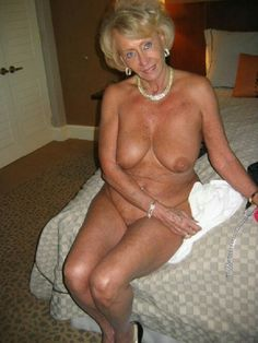 beautiful old naked ladies