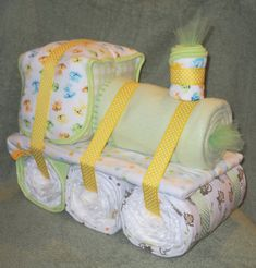 Such a cute idea for a baby shower gift! Choo Choo Train Diaper Cake for Baby Shower by CushyCreations Baby Shower Diapers, Baby Shower Cakes, Baby Shower Parties, Baby Boy Shower, Baby Shower Gifts, Baby Showers, The Babys, Diaper Crafts, Baby Crafts