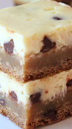Cheesecake Swirl Brownie Bars ~ The perfect combination of cheesecake and brownies with a graham cracker crust