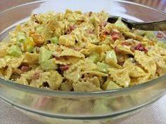 Liian hyvää: Hedelmäinen broileri-pastasalaatti Potato Salad, Food And Drink, Potatoes, Ethnic Recipes, Waiting, Drinks, Cooking, Food And Drinks, Food Food