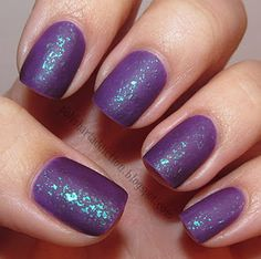 Speciallita HITS Can Can over China Glaze Spontaneous. Finished off with Essie Matte About You. From Polish Art Addiction