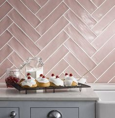 Best Metro Blush Pink Bevelled Gloss Wall Tile 100Mm X 200Mm In 640 x 480