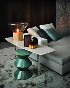 Green Cesar coffee table /Rodolfo Dordoni for Minotti Table Furniture, Modern Furniture, Furniture Design, Minotti Furniture, Home Interior Design, Interior Architecture, Interior Decorating, Design Interiors, Contemporary Interior