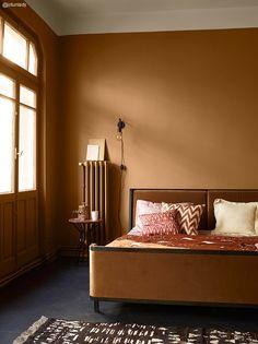 Efterårets vægfarver - nyheder fra Jotun - The Sweet Spot Home Interior, Interior Decorating, Interior Design, Interior Doors, French Interior, Home Living, Living Room, Ideas Dormitorios, Brown Walls
