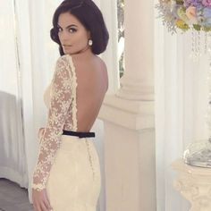Stunning dress by Benito Santos