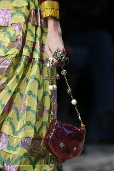 b79aab41866 Gucci Spring 2016 Ready-to-Wear Accessories Photos - Vogue Stilettos