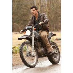 Taylor Lautner - Jacob Black - Breaking Dawn 2  Leather Jacket