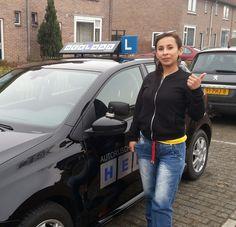 Diana in 1x geslaagd voor haar #rijbewijs super gedaan! www.autorijschool-herlaar.nl #smilde #rijles #assen #faalangst #drivingschool