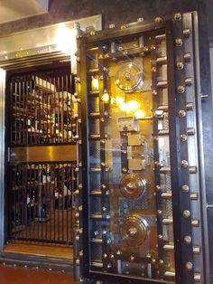 Fantastic Vault Door!