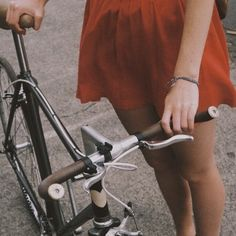 Image discovered by octavia. Find images and videos about girl, vintage and grunge on We Heart It - the app to get lost in what you love. Just Dream, Dream Life, Beverly Marsh, Best Love Quotes, Red Aesthetic, The Victim, Looks Vintage, Find Image, We Heart It