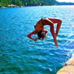 Back flip Life Is Good, Life Is Beautiful