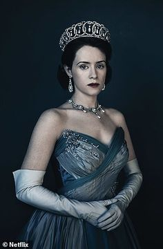 The Stars of Netflix's Royal Drama, The Crown - Claire Foy, is equally magnificent in her latest turn as Queen of England. Queen Elizabeth Ii, The Crown Elizabeth, Elizabeth Ii Young, Matt Smith, The Crown 2016, The Crown Series, Crown Netflix, Kdrama, Royals