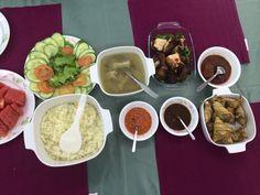 Chicken rice - malaysian style.