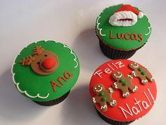 Christmas cupcakes by Isa Herzog, via Flickr