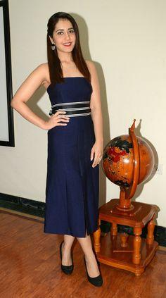 Tv Actress Images, Actress Bikini Images, Hollywood Actress Photos, Hollywood Heroines, South Indian Actress, Beautiful Indian Actress, Oscar Dresses, Bollywood Girls, Russian Models