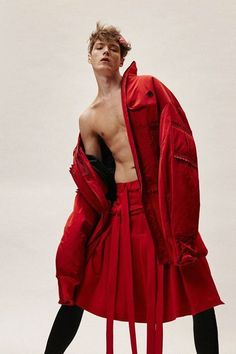 Mens Clothes – New Look Clothing Queer Fashion, Androgynous Fashion, High Fashion, Red Fashion, Fashion 2016, Male Fashion, Latest Fashion, Mode Queer, Runway Fashion