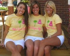 Love these shirts!  I want to do more w/ our palm tree!!!