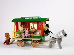 Sylvanian Families Gypsy Caravan - I had one of these :)