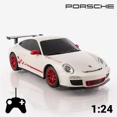Com o carro telecomandado Porsche GT3 RS 1:24 o seu sonho de conduzir um carro de luxo vai torna-se realidade!  Réplica em escala 1:24 - 40 MHz Dimensões aprox.: 18 x 5 x 8 cm Funciona a pilhas (3 x AA, não incluídas) Direções: esquerda, direita, frente e trás Controlo remoto: funciona a pilhas (2 x AA, não incluídas) Idade recomendada: +6 anos