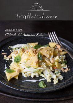 Chinakohl-Ananas-Salat mit Zitronengras, Chili und Erdnüssen