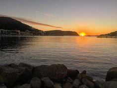 Awesome #sunset in #puertodeandratx #mallorca #awesome #sunday #walkingday #paradise #winteriscomming #autumn #majorca #mallorcatestim #mallorcasensations #houm_hotels by houm_hotels