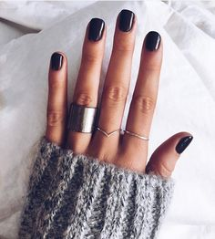 Nail Polish: The Trendiest Fall Nail Colors + Fall Nails Inspiration. Cute Nails, Pretty Nails, Hair And Nails, My Nails, Fall Nail Colors, Warm Colors, Nail Colour, Dark Nails, Black Shellac Nails