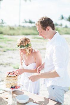 Waffle Wedding Cake! Photography by Hunter Ryan Photo #morningwedding