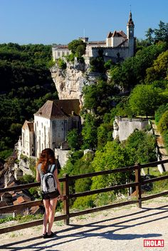 La Roque Gageac, Around The Worlds, Adventure, House Styles, Travel, Cheese, Medieval Town, Travel Tips, 12th Century