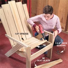 This Adirondack chair and matching love seat are designed for outdoor comfort. They're designed for easy assembly, so that a novice can build them. And you can build them from inexpensive, durable wood that, once stained, looks beautiful. Pallet Furniture, Rustic Furniture, Outdoor Furniture, Furniture Plans, Diy Projects To Try, Home Projects, Palette Deco, Adirondack Chair Plans, Home And Deco