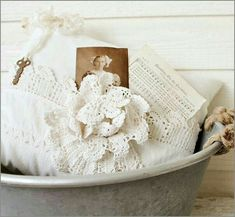 I love the way they made the lace flower on this pillow. White Cottage, Rose Cottage, Antique Lace, Vintage Lace, Sewing Tutorials, Sewing Projects, Estilo Shabby Chic, Shabby Chic Pillows, Linens And Lace
