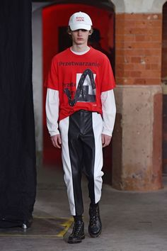 See the complete Agi & Sam Fall 2017 Menswear collection.