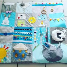 Quilt Baby, Baby Design, Diaper Bag Organization, Sensory Blanket, Fidget Quilt, Felt Quiet Books, Baby Sewing Projects, Baby Couture, Baby Kind