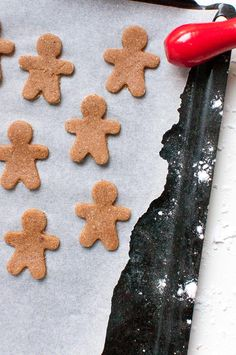 The Best Gluten Free Gingerbread Cookies Ginger Bread Cookies Recipe, Yummy Cookies, Cookie Recipes, Best Christmas Cookie Recipe, Christmas Treats, Gluten Free Gingerbread Cookies, Make A Gingerbread House, Bread Man, Cookie Tray
