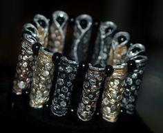 Nespresso-Armband geprägt und geschliffen