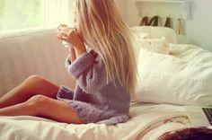 Morning coffee <3 Have a nice day everyone!  Pic from @weheartit #longhair #hår #beauty #blondine #blondthår #retthår #inspirasjon #skjønnhet #jente #hairextension #løshår #hårforlengelse #tykthår #fyldighår #hårispo #kaffe #skrikkegenser #strikk #morgen