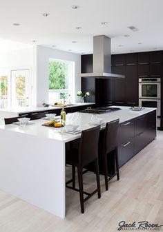 Jack Rosen Custom Kitchens - Black and white modern kitchen | Flickr - Photo Sharing!