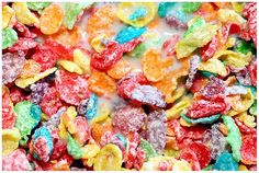 """""""Fruity Pebbles"""" Shake   2 scoops Vi-Shape shake mix   8-10 oz. Skim, Soy or Almond Milk   1 Vi Orange Flavor Packet   1 Vi Strawberry Flavor Packet or 5 Fresh/Frozen Strawberries   ½ Banana   6 Ice Cubes   Blend thoroughly and enjoy"""