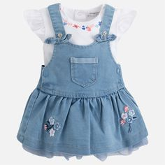87c41f72e6 Conjunto niña de camiseta y falda peto tejana Tejano Claro - Mayoral