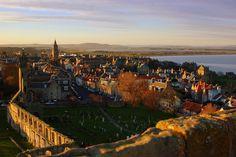 Visit St Andrews, Scotland, Tourist Information St Andrews Scotland, Places Ive Been, Places To Go, Paradise Places, Scotland Travel, Paris Skyline, Travel Inspiration, Britain, Travel Destinations