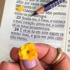 🌼 Salmos 139.23-24 🌼 _____________________________ Pai Amado, eu Te agradeço por esta semana que se inicia. Meu Pai, embora meus olhos não… Jesus Is Life, My Jesus, Jesus Christ, Jesus Quotes, Bible Quotes, Bible Verses, Dear Lord, Jesus Saves, Positive Words
