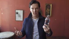 Benedict Cumberbatch Does a Magic Trick | Vanity Fair