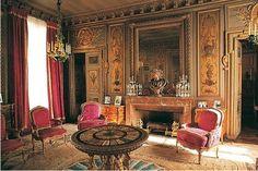 Hôtel de Montesquiou-Fezensac (1781) 20, rue Monsieur Paris 75007. Architecte : Alexandre-Théodore Brongniart. Un salon.