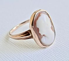 Vintage Cameo Ring 10K Gold Ring Cameo Shell Antique Jewelry
