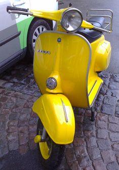 Vespa Farben RAL 1023 Verkehrsgelb