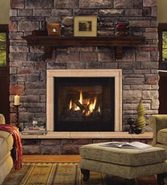 Fireplace: Chardonnay LIMESTONE - Cultured Stone® Brand_Manufactured Stone Veneer