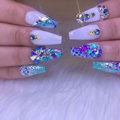 Nails by @pachekedg #kissimmeeflorida #florida #orlando #orlandonails #nails #nails #nailsart #nailart #nailswag #glam #miami