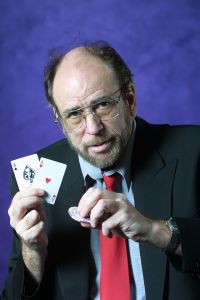 Mike Caro podcast about #poker tells