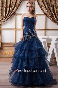 Unique Sweetheart Ruched Tiered Organza Wedding Dress http://www.weddingdresstrend.com/en/unique-sweetheart-ruched-tiered-organza-wedding-dress.html #Wedding #dress
