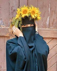 Hijabi Girl, Girl Hijab, Hijab Dp, Arab Girls Hijab, Muslim Girls, Cute Girl Pic, Cute Girls, Burka Style, Niqab Fashion